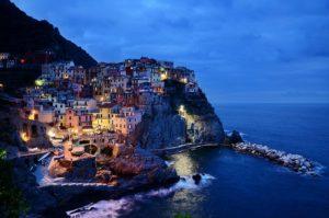 Cinque, Italie